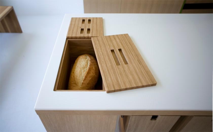 Viola Park bread box